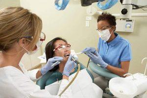 dental-assistant-job-description-duties-responsibilities-and-work-activities