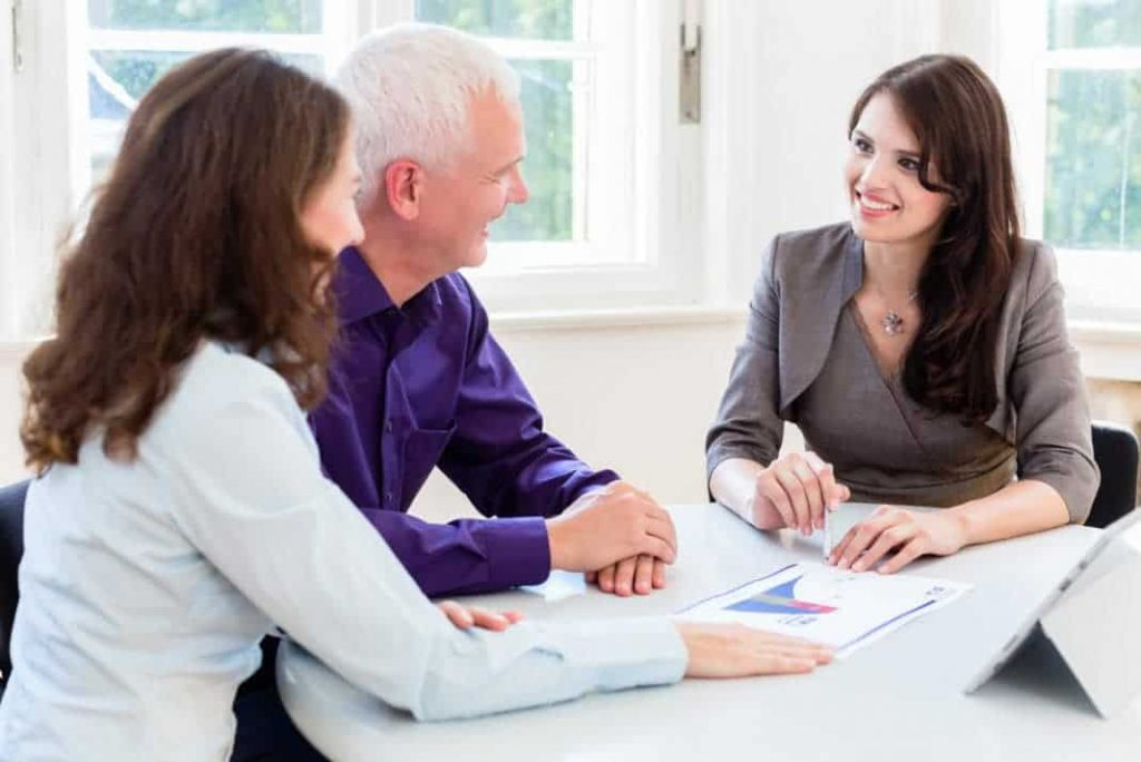 what-is-the-job-description-duties-and-responsibilities-of-a-financial-advisor