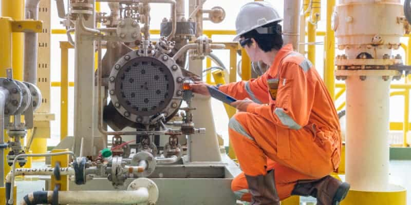 what-is-the-job-description-duties-and-responsibilities-of-a-mechanical-engineer-with-salary