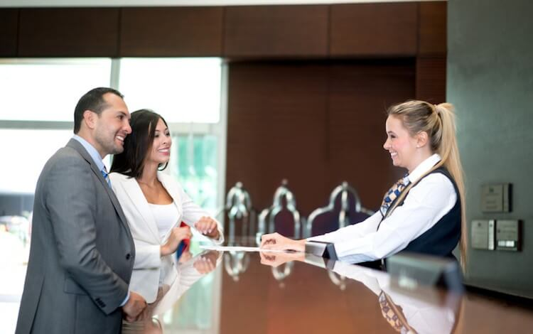 What is the Job Description of a Hotel Front Desk Agent?