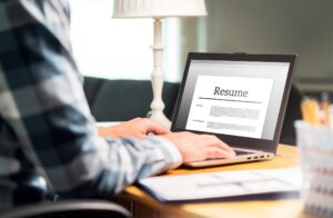How to Write a Follow-Up Email After You've Submitted Your Resume